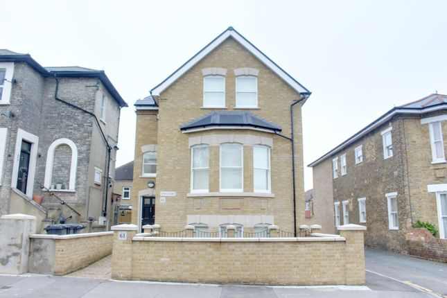Thumbnail Flat to rent in Outram Road, East Croydon
