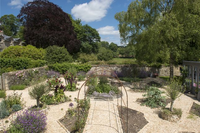 Gardens 2 of Duntisbourne Abbots, Cirencester, Gloucestershire GL7