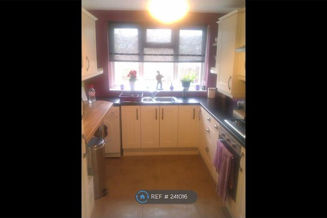 2 bed terraced house to rent in Stratford, London