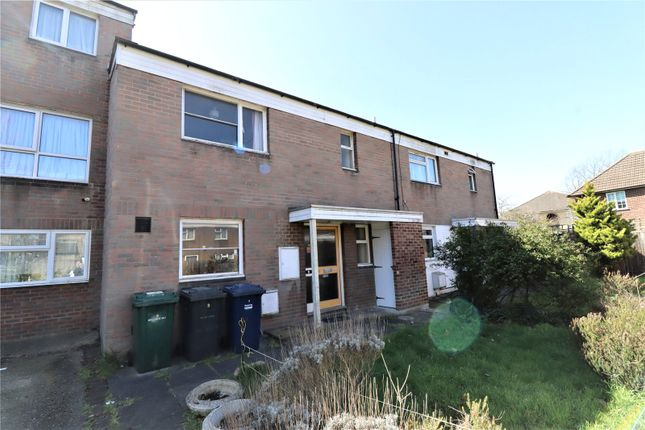 3 bed detached house for sale in Heywood Avenue, Colindale, London NW9