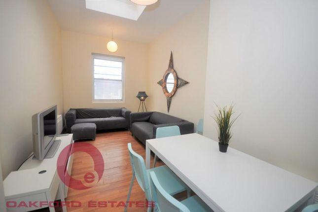 5 bed flat to rent in St John Street, Angel EC1V