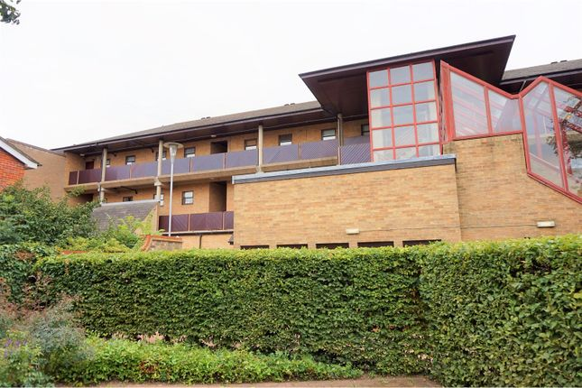 Thumbnail Flat for sale in Christchurch Street, Cambridge