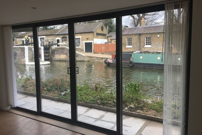Thumbnail Flat to rent in Sewardstone Road, London