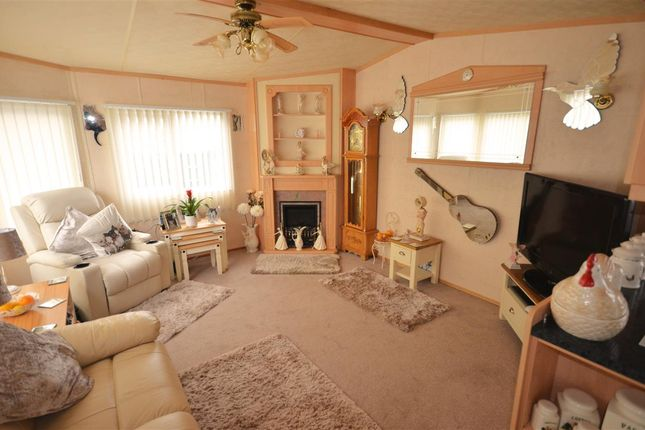 Thumbnail Property for sale in Bridge Road, Potter Heigham, Great Yarmouth