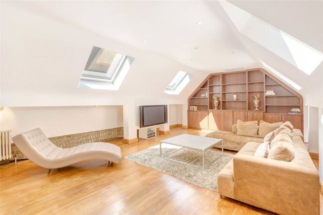 Thumbnail Terraced house for sale in Narrow Street, Limehouse, London