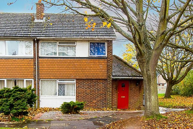 Thumbnail Shared accommodation to rent in Bramshaw Road, Canterbury