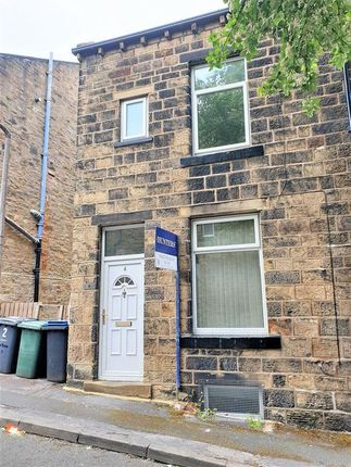 2 bedroom terraced house to rent in Burton Street, Keighley