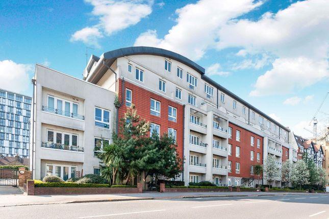 Flat for sale in 84 Park Lane, Croydon