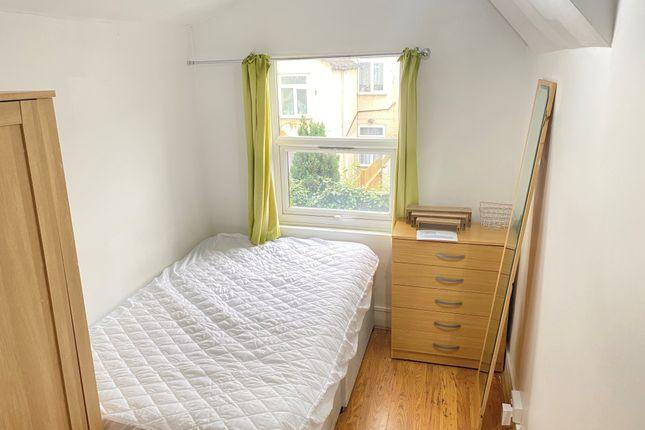 Room to rent in Herbert Street, London E13