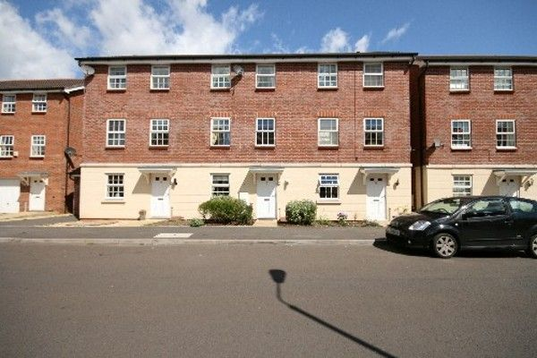 Thumbnail Town house to rent in Trentbridge Close, Trentham Lakes, Stoke On Trent