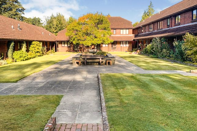 Thumbnail Bungalow for sale in London Road, East Grinstead