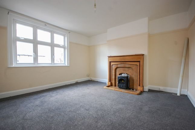 Thumbnail Flat to rent in 4 Windsor Road, Saltburn By The Sea
