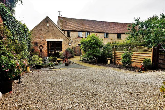 Thumbnail Cottage for sale in Barn Court, Kirkby In Ashfield