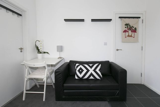 Thumbnail Flat for sale in Heber Road, Willesden Green, London