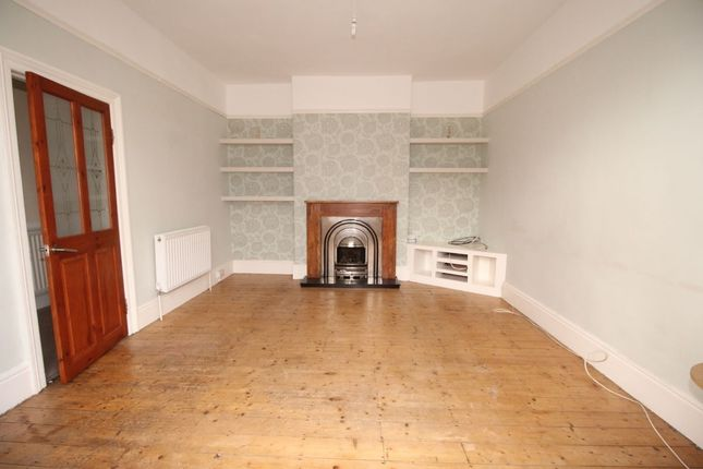 Thumbnail Semi-detached house to rent in Holly Avenue, Whitley Bay