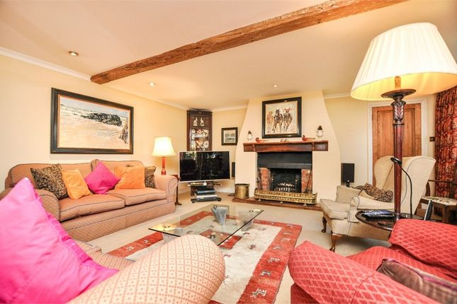 Thumbnail Detached house for sale in 170 High Street, Old Amersham, Buckinghamshire