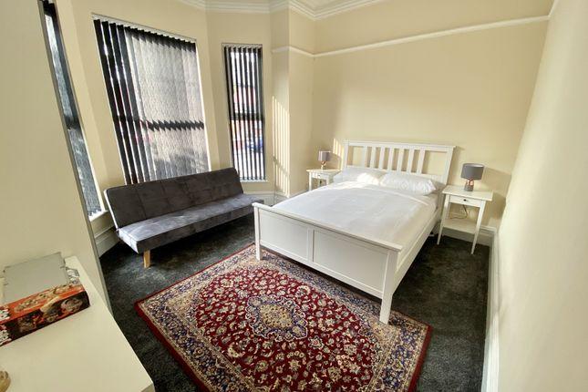 Studio to rent in Albert Road, Manchester M19