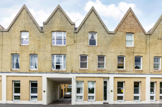 Thumbnail Duplex to rent in Sheen Lane, London