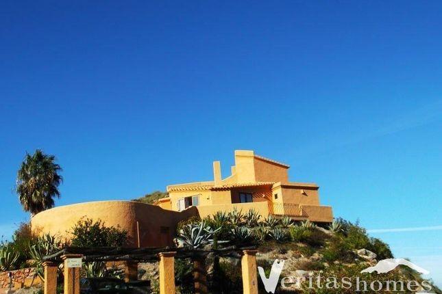 3 bed villa for sale in Cabrera, Almeria, Spain
