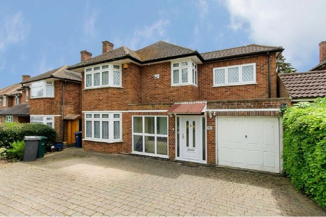 Thumbnail Detached house for sale in Hartland Drive, Edgware, Middlesex
