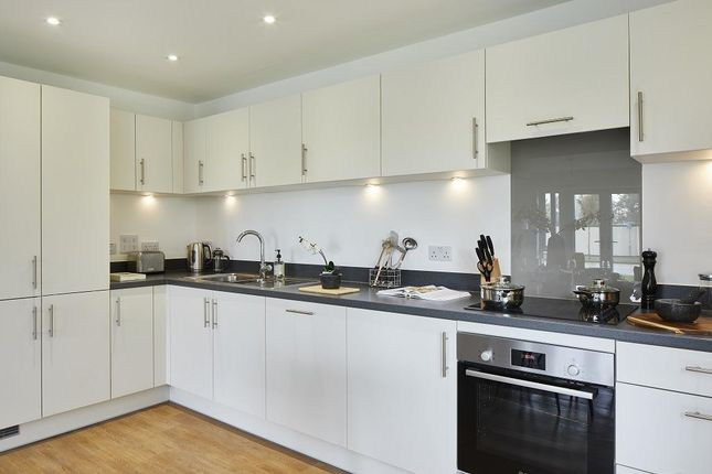 2 bed flat to rent in Millard Place Arborfield Green, Reading RG2