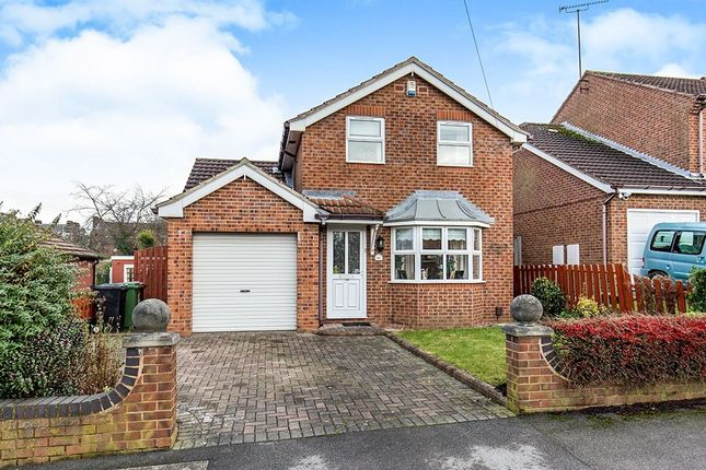 Thumbnail Detached house for sale in Knightsway, Halton, Leeds