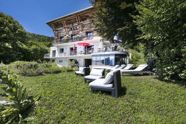 Thumbnail Chalet for sale in Annecy, Rhone Alps, France