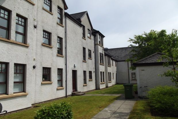 Thumbnail Flat to rent in Castlefield Court, Millerston