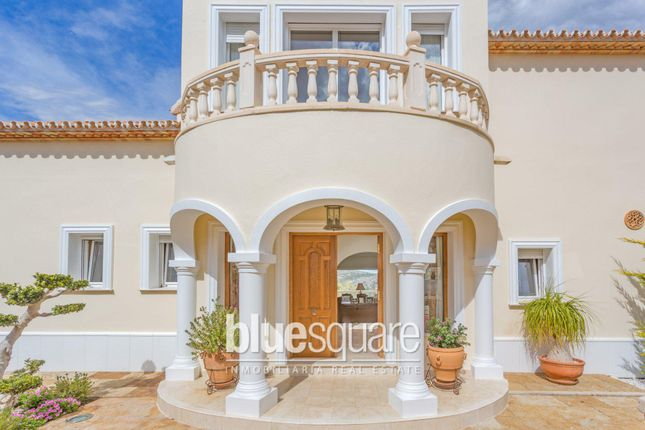 5 bed property for sale in Pedreguer, Valencia, 03730, Spain