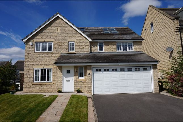 Thumbnail Detached house for sale in Grenoside View, Highburton, Huddersfield