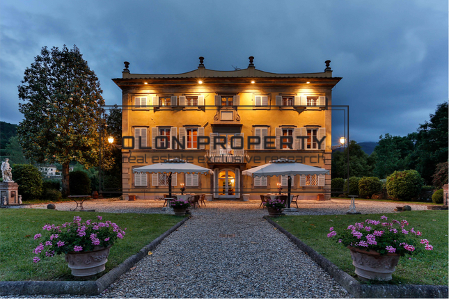 Thumbnail Villa for sale in Coselli, Lucca, Tuscany, Italy