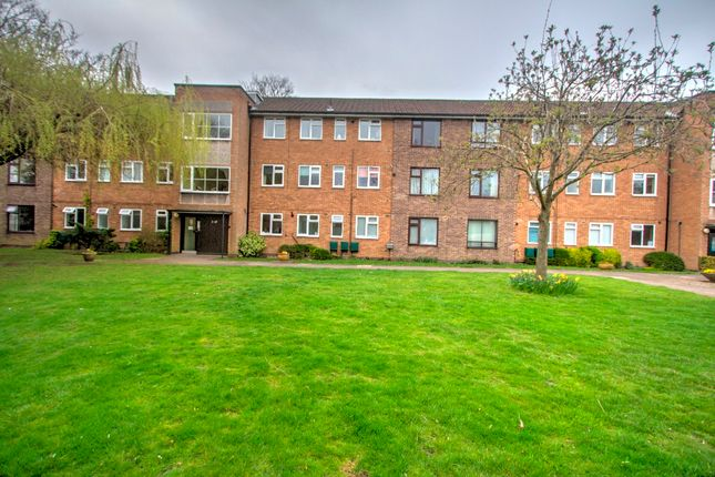 Thumbnail Flat for sale in Dukes Drive, Clarendon Park, Leicester LE2, Leicester,