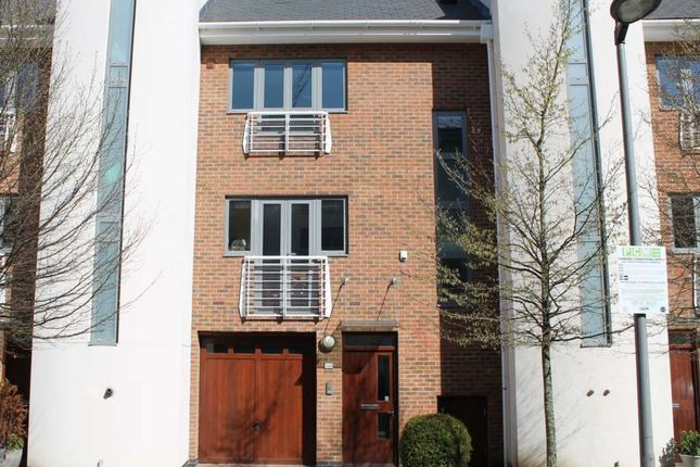 Thumbnail Town house to rent in The Island, Tallow Road, Brentford
