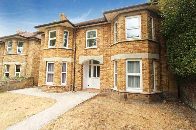 Thumbnail Detached house for sale in Oak Road, Southampton