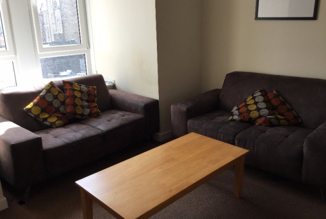 Thumbnail Flat to rent in Seagate, City Centre, Dundee, 2Eq