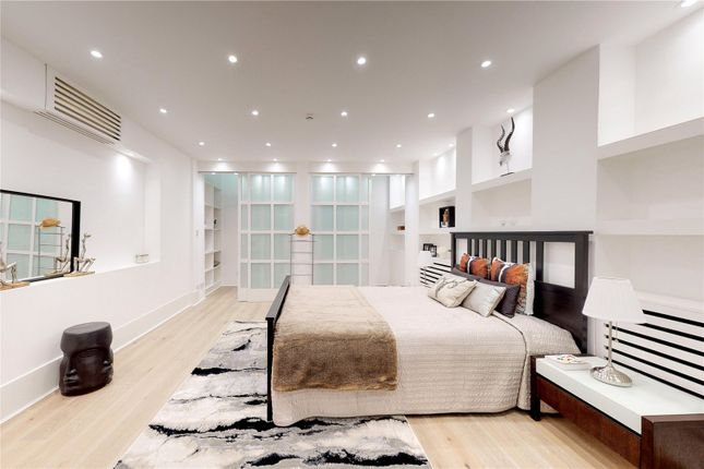 Bedroom of Cowper Street, London EC2A
