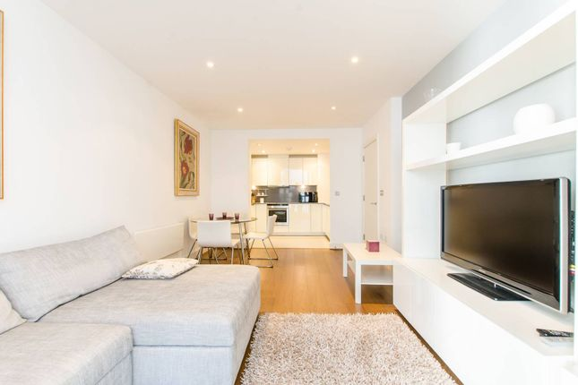 1 bed flat for sale in Leman Street, Aldgate