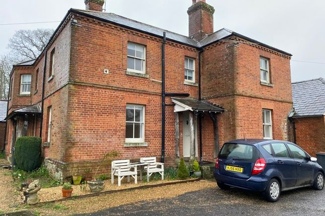 Flat to rent in East Tytherley Road, Romsey