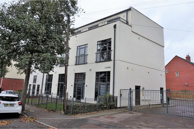 Thumbnail Flat for sale in 119 Knighton Church Road, Leicester