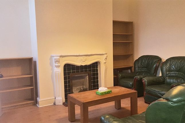 4 bed shared accommodation to rent in Braemar Road, Manchester M14