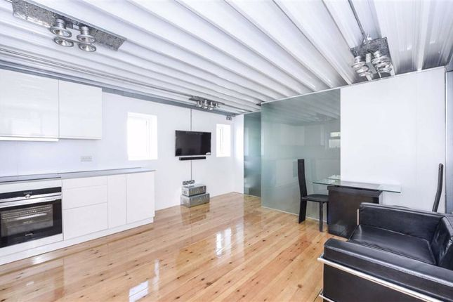 1 bed flat for sale in Scout Way, Mill Hill, London NW7