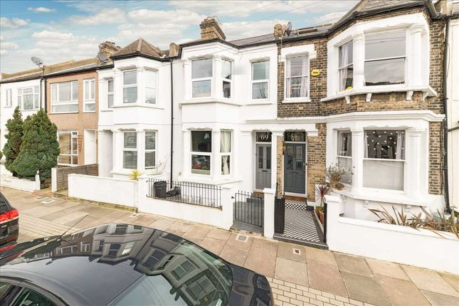 Thumbnail Terraced house to rent in Avening Road, London