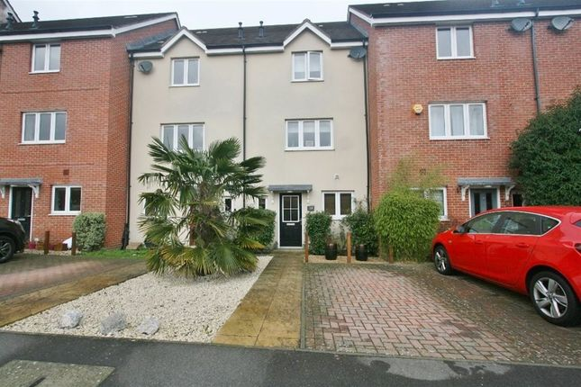 Thumbnail Terraced house to rent in Skippetts Gardens, Basingstoke