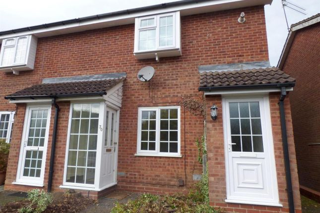 Thumbnail Maisonette to rent in Perryfields Close, Redditch