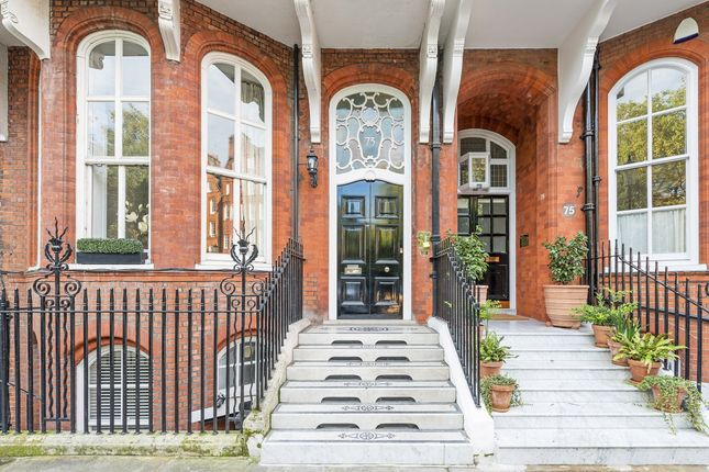 Thumbnail Property to rent in Cadogan Square, London