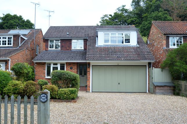 Thumbnail Property for sale in Dell Road, Finchampstead, Berkshire
