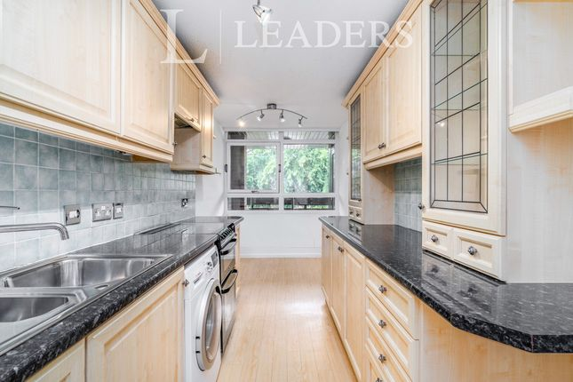 Thumbnail Flat to rent in Carlisle Avenue, St.Albans