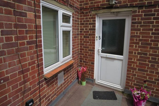 Thumbnail Flat to rent in London Road, Headington, Oxford