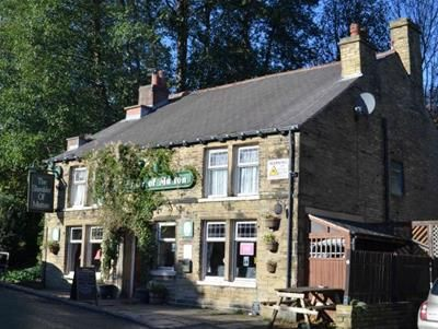 Thumbnail Restaurant/cafe for sale in Shoulder Of Mutton, 14 Cain Lane, Halifax, West Yorkshire