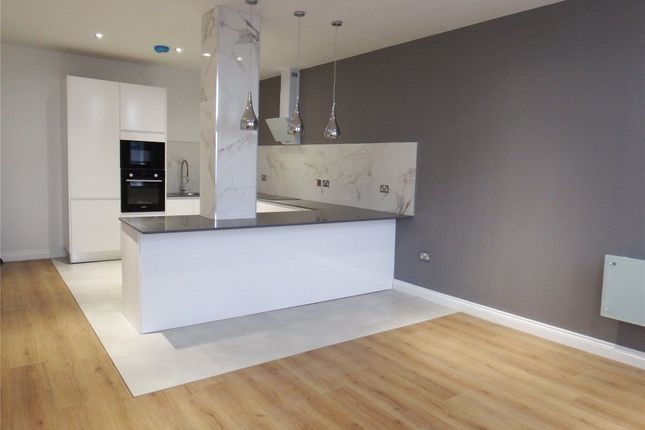 Thumbnail Flat to rent in The Lofts, Pennine House, Well Street, Bradford
